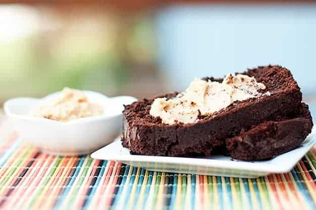 What could possibly make this chocolate bread any better? Howsabout some o' dat peanut butter spread?