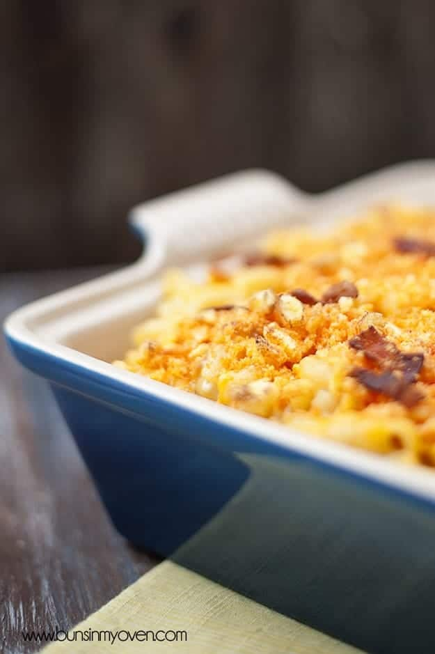 A close up of a jalapeno bacon macaroni and cheese
